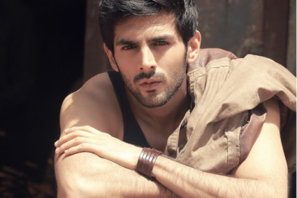 Kartik Aaryan: I'd love to play anti-hero like SRK in 'Baazigar'