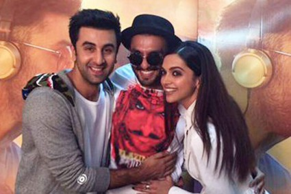 Should Ranveer Singh be WORRIED of Deepika Padukone's meetings with ex boyfriend Ranbir Kapoor?