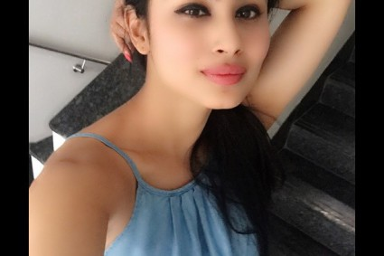 Naagin actress Mouni Roy in NO HURRY to join Bollywood!