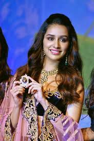 Shraddha Kapoor ADMITS she is in a CRAZY relationship! Find out who?