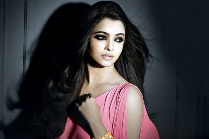 Aishwarya opens up about Amitabh and Abhishek's reaction to Sarbjit!