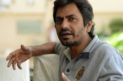 Nawazuddin Siddiqui OPENS UP about Shah Rukh Khan's decision to push Raees to January 26, 2017!