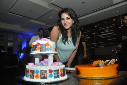 Sunny Leone EXCLUSIVELY talks  about her birthday plans, wishes, favourite memories and more!