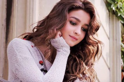 Alia Bhatt opens up about working with Shah Rukh Khan like never before!