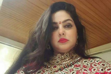 Mamta Kulkarni DENIES being married to Vicky Goswamy or being involved in any DRUG racket in this EXPLOSIVE