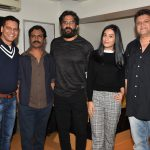 Rajesh Bhatia, Nawazuddin Siddiqui, Suniel Shetty, Amrita Rao and Rahul Dholakia at a special screening of 'Thackeray' hosted by Nawazuddin Siddiqui