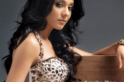 Amrita Rao confesses she turned down promising roles as they required her to do 'intimate scenes'e chat, Amrita Rao also spoke in lengths about her role in Thackeray and how she went about it
