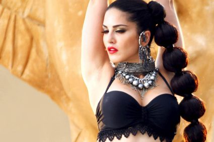 Actress Sunny Leone says entertainers make the worst friends because they are never available.