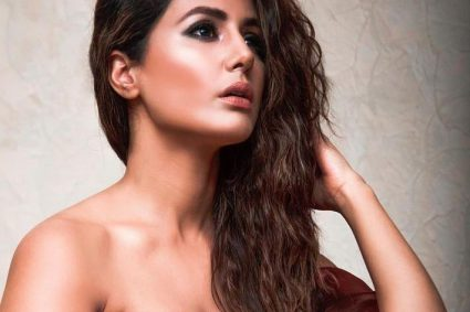 Hina Khan learns to smoke for her role in web series, Damaged 2